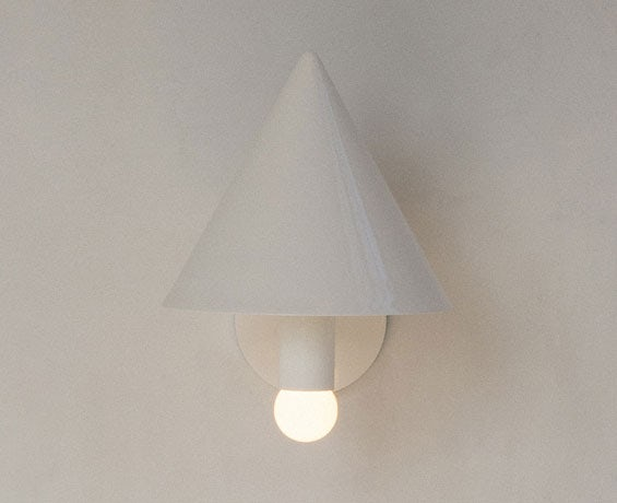 An alternative image of Canopy Sconce in use