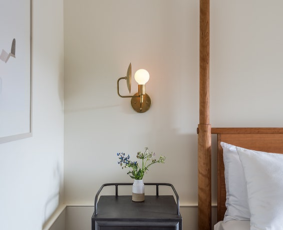 An alternative image of Orbit Sconce in use